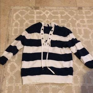 Stripped sweater with hood